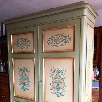 Armadio toscano originale decorato smontabile