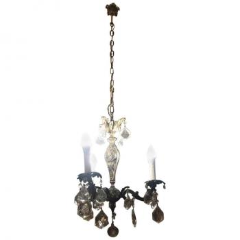 Lampadario a tre luci in bronzo e cristallo