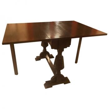 Originale tavolino in rovere a bandelle