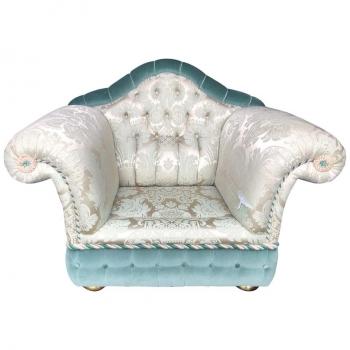Poltrona e divano Zanaboni in seta