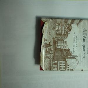<p>Mostra Mercato Internazionale dell'antiquariato 1961 citta di Firenze</p><p>Vallecchi editore</p><p>Foto in b/n e a colori</p>
