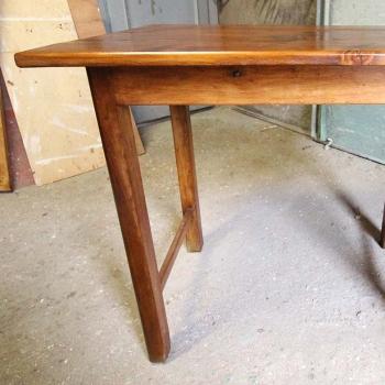 Tavolino in abete senza casetto