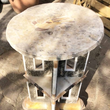 Tavolo antico in marmo fatto in tre blocchi