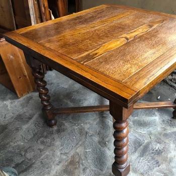 Tavolo antico in quercia allungabile a tiro