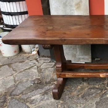 Tavolo in castagno modello Tarpac