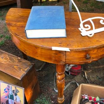 Tavolo mezzotondo toscano originale in abete