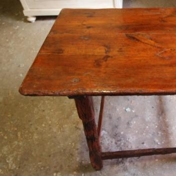Tavolo rustico da calzolaio